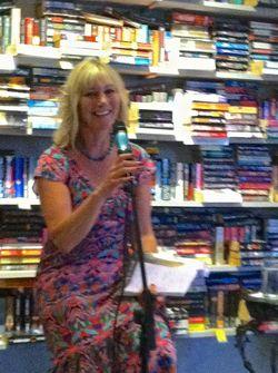 Betsy Gutting Book Talk Puerto Vallerta 2013